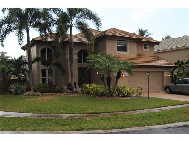 Embassy Lakes 3/2 Pool Home For Sale $ 350,000.00 – MLS #a1746512