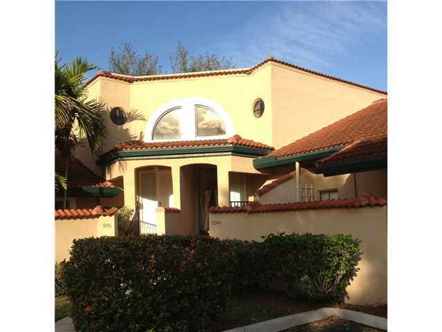 SOLD – 9049 W Sunrise BLVD – Plantation, FL in Lakeview Courts