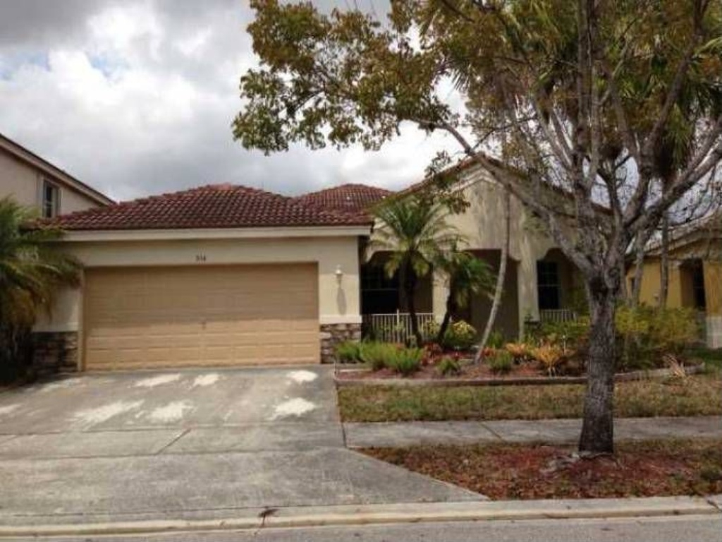 934 Sunflower Circle , Weston, FL 33327 – Home For Rent $2500.00