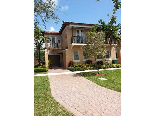 Recent Sales in Cimarron Townhomes – 8659 Blaze Ct – Davie Fl – $230000.00