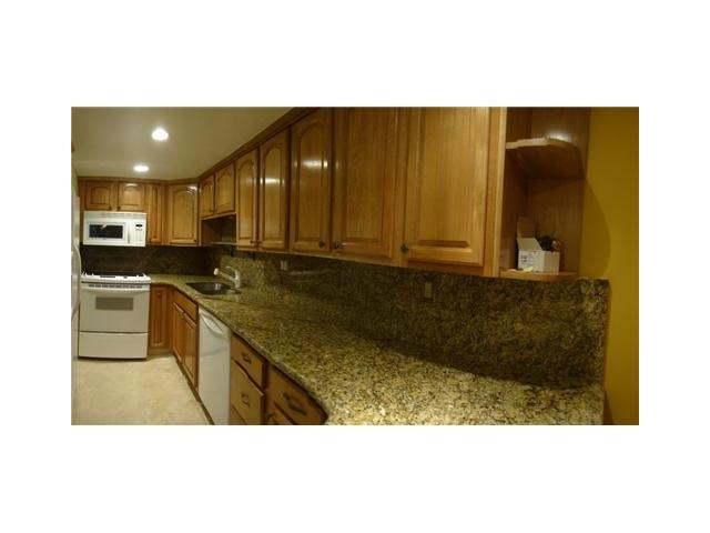 Just Listed – 3/2 Townhome in Arbor Courts – Plantation Fl – $1500.00