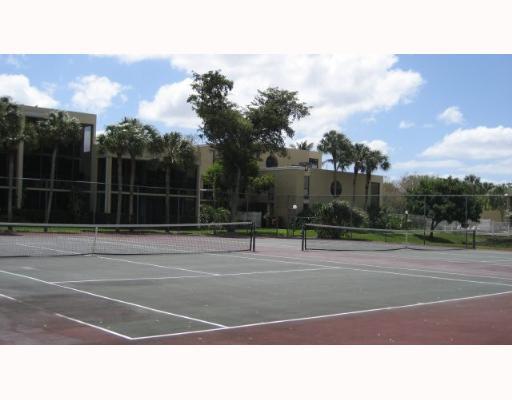 harvest tennis courts