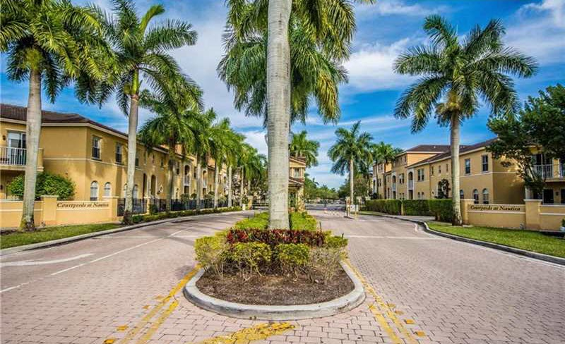 Courtyards at Nautica Condominum Miramar Fl