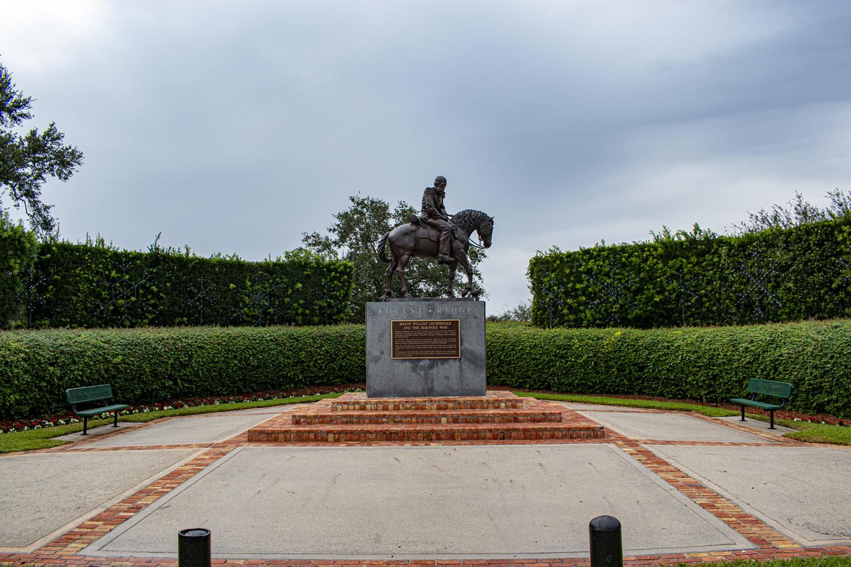 iconic statue of major lauderdale in forest ridge community davie fl