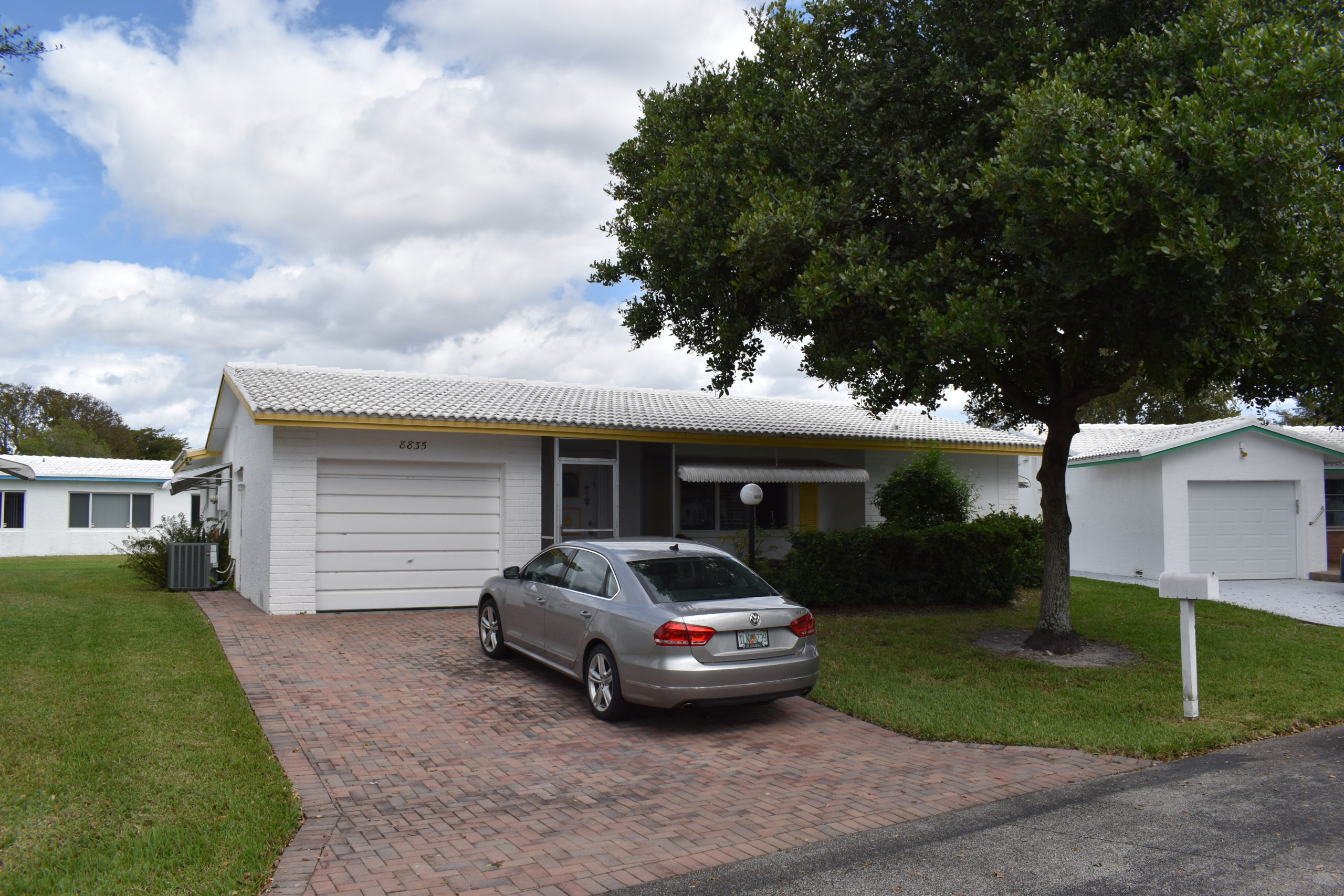 Just Listed In Plantation – 2 Bed 2 Bath Lauderdale West Home For Sale