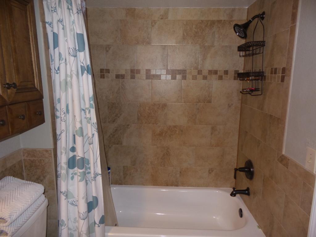 master bathroom 731 vista isels drive unit 1522 isles at lago mar condominium